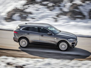 Test Jaguar F-Pace 2.0 Awd 02