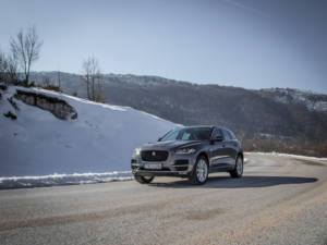 Test Jaguar F-Pace 2.0 Awd 04