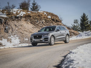 Test Jaguar F-Pace 2.0 Awd 10