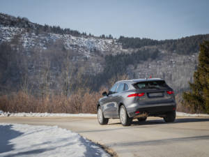 Test Jaguar F-Pace 2.0 Awd 11