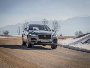 Test Jaguar F-Pace 2.0 Awd 12