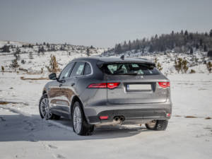Test Jaguar F-Pace 2.0 Awd 23