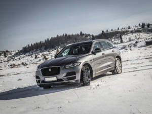 Test Jaguar F-Pace 2.0 Awd 24