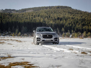 Test Jaguar F-Pace 2.0 Awd 27