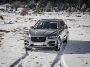 Test Jaguar F-Pace 2.0 Awd 29