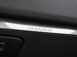 Test Jaguar F-Pace 2.0 Awd 42
