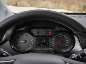 Test Opel Crossland X Enjoy 1.6 DT 24