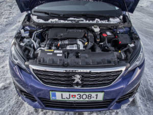 Test Peugeot 308 Allure 1.6 Hdi Facelift 2017 - 32