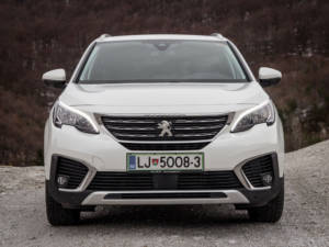 Test Peugeot 5008 ALLURE 1.6 BlueHDi 02