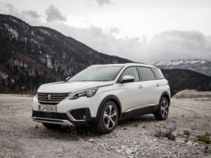 Test Peugeot 5008 ALLURE 1.6 BlueHDi 03