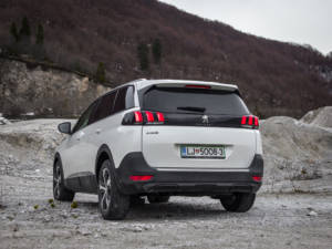Test Peugeot 5008 ALLURE 1.6 BlueHDi 10