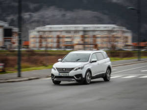 Test Peugeot 5008 ALLURE 1.6 BlueHDi 58