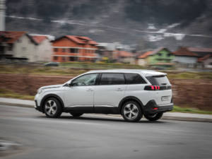 Test Peugeot 5008 ALLURE 1.6 BlueHDi 60