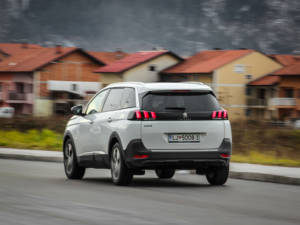 Test Peugeot 5008 ALLURE 1.6 BlueHDi 61