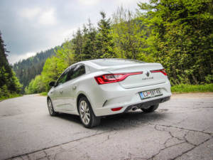 Test Renault Megane Grand Coupe 1.5 Dci 06