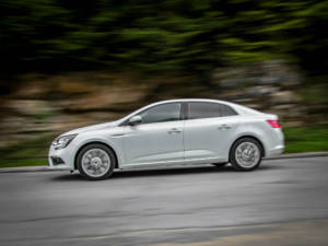 Test Renault Megane Grand Coupe 1.5 Dci 30
