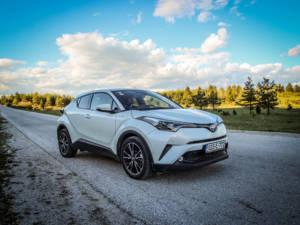 Test Toyota CH-R Hybrid 01