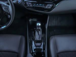 Test Toyota CH-R Hybrid 09