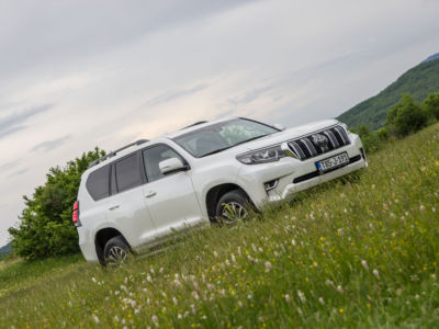 Test Toyota Land Cruiser 2.8 D-4D Executive 03
