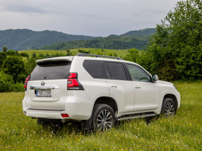 Test Toyota Land Cruiser 2.8 D-4D Executive 06