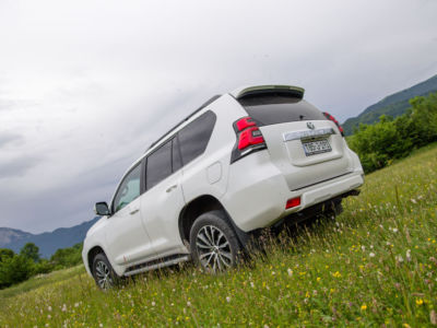 Test Toyota Land Cruiser 2.8 D-4D Executive 09