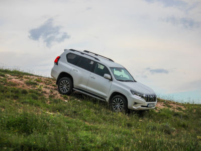 Test Toyota Land Cruiser 2.8 D-4D Executive 10