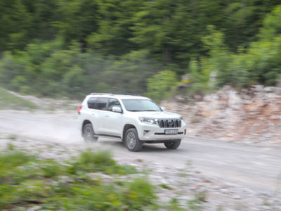 Test Toyota Land Cruiser 2.8 D-4D Executive 33
