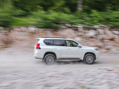 Test Toyota Land Cruiser 2.8 D-4D Executive 34