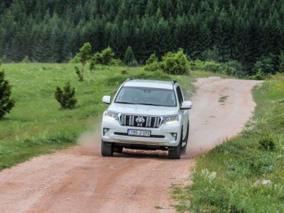 Test Toyota Land Cruiser 2.8 D-4D Executive 38