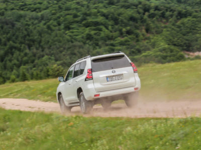 Test Toyota Land Cruiser 2.8 D-4D Executive 39