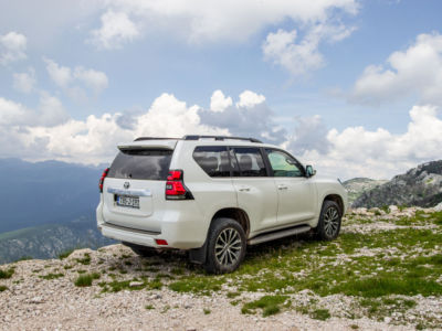 Test Toyota Land Cruiser 2.8 D-4D Executive 41