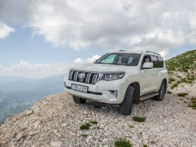 Test Toyota Land Cruiser 2.8 D-4D Executive 60