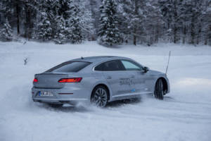 Volkswagen Winter Driving Experience 2018. 63