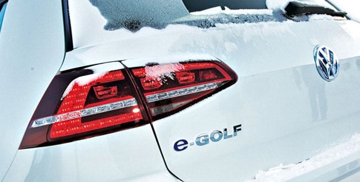04 Volkswagen E-Golf 7 2014