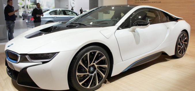 Novi BMW i8