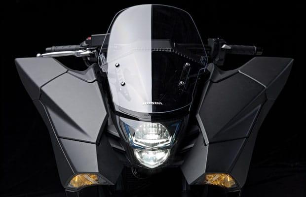Honda-NM4-Vultus-5