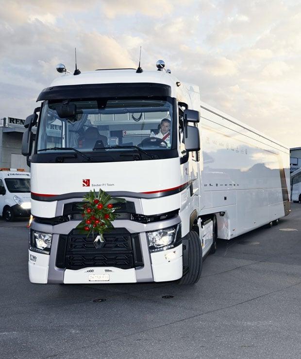 sauber_f1-team_renault_trucks_2014_(3)