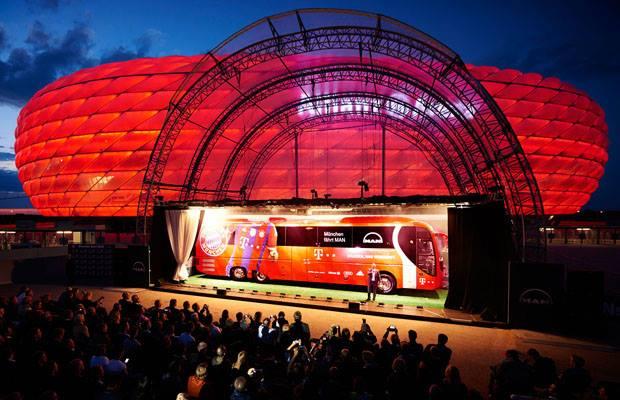 Novi timski autobus FC Bayern Munchen - Autobus MAN 05