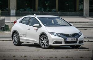 Test Honda Civic 1.8 Sport 620x400 - 10