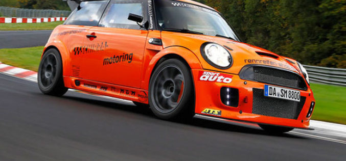 Schirra Motoring – MINI JCW nezvanično obišao Nurburgring za 7:44 minuta!