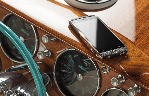 Lamborghini mobilni telefon-04