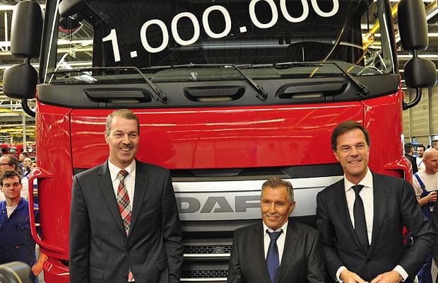 DAF-Rutte-unveals-millionth-truck-cl