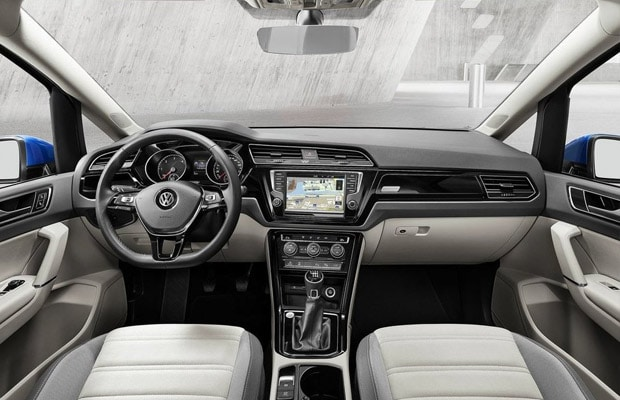 Novi Volkswagen Touran 2015 - 03