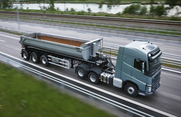 Volvo Trucks Tandem Axle Lift 01