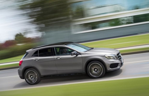Mercedes-Benz-GLA-Class 2015 - 02