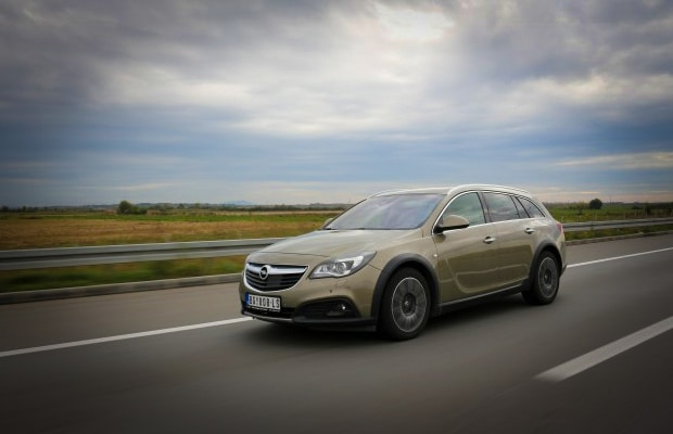 Test Opel Insignia Country Tourer 2.0 CDTI -620- 01