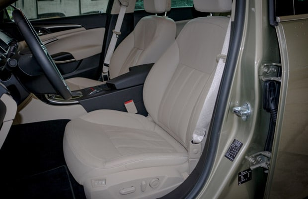 Test Opel Insignia Country Tourer 2.0 CDTI -620- 08