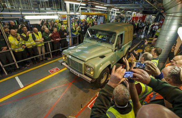 Land Rover Defender posljednji primjerak 02