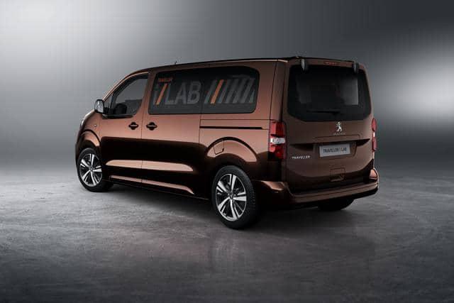 Peugeot Traveller i-Lab VIP 3.0 shuttle 04