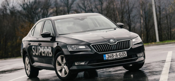 Škoda Superb test automobil godine 2016.